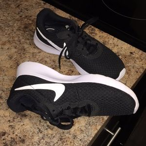 Nike Shoes - Black Nike Tanjun Sneaker
